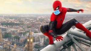 """Fotomontaje realizado por la autora de un póster de una película de """"Spiderman"""" en el hipotético caso de que los personajes llevaran mascarilla."""